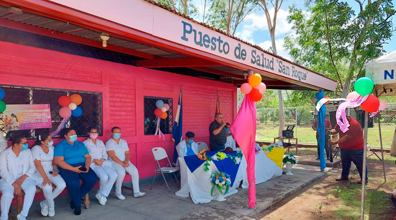 Fachada del centro médico en comunidad San Roque de San Francisco Libre en Managua