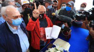 Diputado Edwin Castro durante la inscripción de la Alianza FSLN Unida Nicaragua Triunfa en el CSE