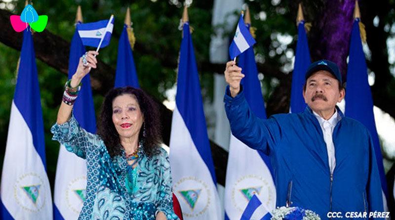 Comandante Daniel Ortega y Compañera Rosario Murillo