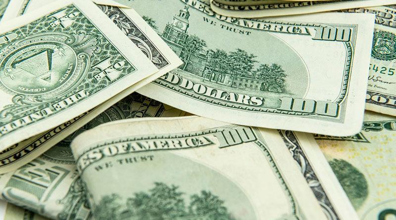 Billetes de 100 dólares estadounidenses