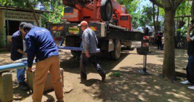 Trabajadores de ENACAL durante las obras de habilitación de un Pozo ubicado en la comunidad de Las Pilas Orientales, Masaya.