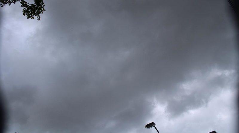 Este lunes predominará el calor pese a que por la tarde predominarán lluvias