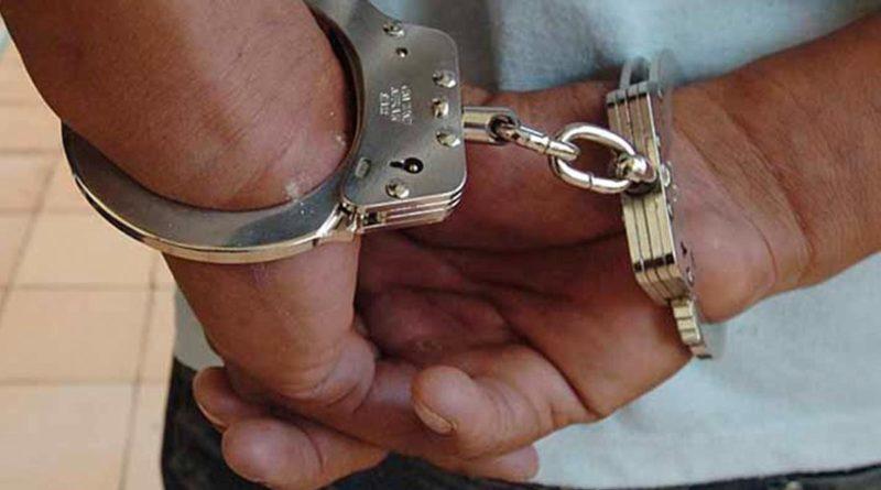 Manos de un delincuente autor de muerte homicida (femicidio)