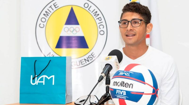 Joven atleta nicaragüense Denis López
