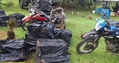 Motocicletas y cajas de cigarros retenidas por el Ejército de Nicaragua