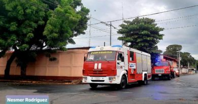 Camiones y pipa que fueron enviadas a la nueva estación de bomberos de El Jícaro