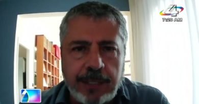 Fabrizio Casari en el programa de Revista en Vivo.