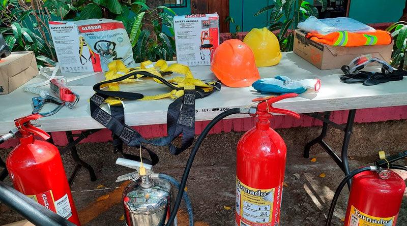 Extintores, equipos de medición, herramientas, equipos de protección personal y material didáctico.