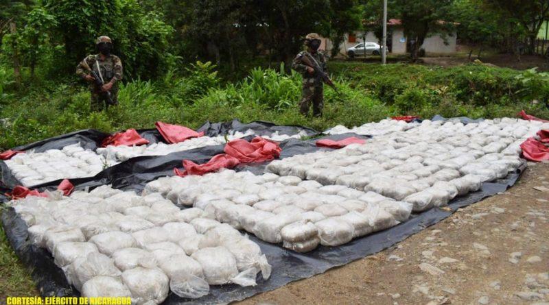 Efectivos militares durante la incautación de droga en Jalapa, Nueva Segovia
