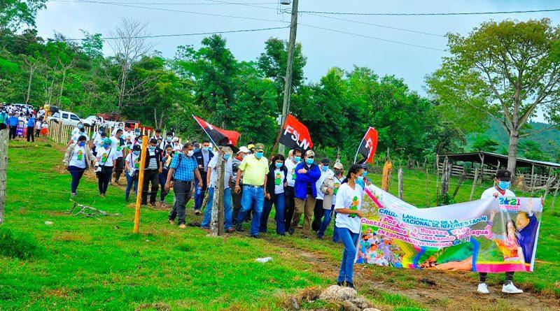 Instituciones durante el lanzamiento de la cruzada nacional de reforestación en Rosita, RACCN