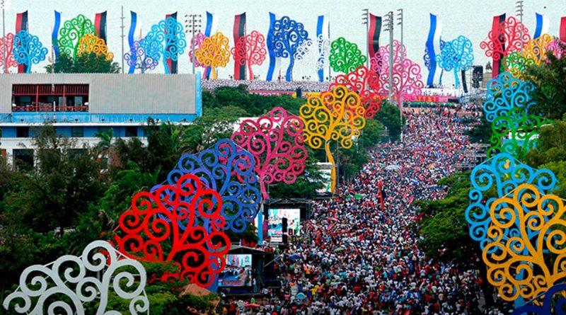 Pueblo de Nicaragua durante la celebración del Triunfo de la Revolución Popular Sandinista.