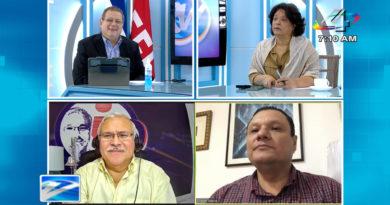Los periodistas Tirsa Sáenz, Adolfo Pastran y Eliezer Mora en el programa Revista en Vivo con Alberto Mora, este martes 22 de junio de 2021.