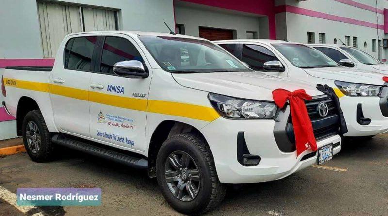 Camionetas entregadas por el Ministerio de Salud este martes 8 de junio