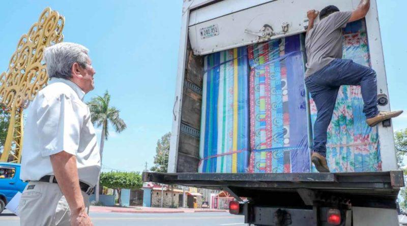 Ministro del SINAPRED durante el envío de la ayuda a las familias afectadas por las lluvias en Santo Domingo, Chontales