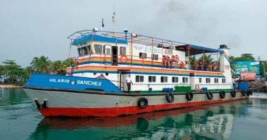 Embarcaciones en uno de los puertos del país