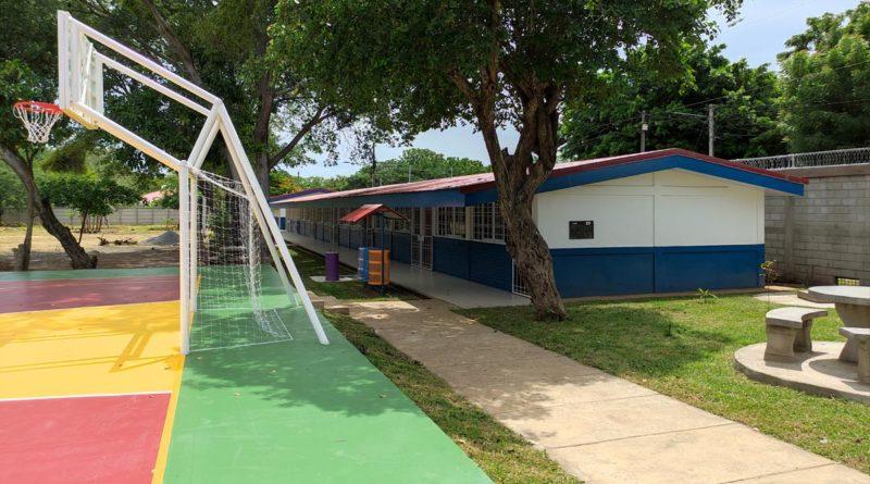 Nuevos pabellones del Instituto Ulises Tapia Roa en Nindirí