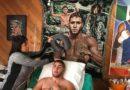 Prichard Colón, de 25 años, está rodeado por imágenes del boxeador que solía ser.