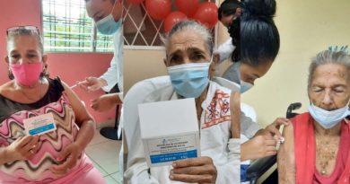 Personas mayores de edad que recibieron la primera y segunda dosis de la vacuna contra el Covid-19 en Nindirí