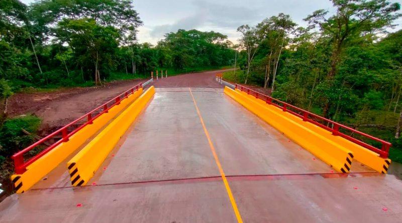 Puente construido por el MTI en respuesta a la destrucción de los huracanes ETA e IOTA