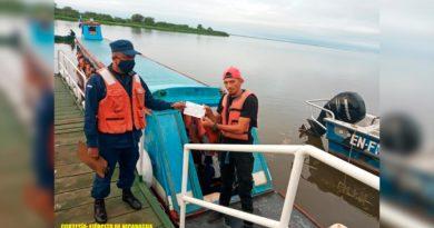 Fuerza Naval brinda protección a embarcaciones y flota pesquera industrial