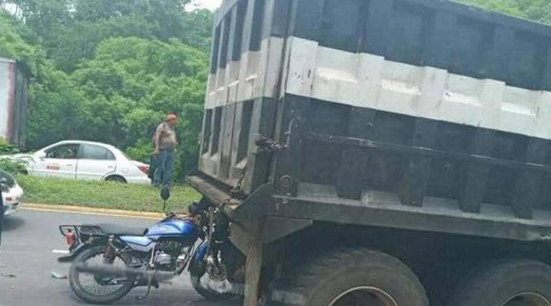 Fotografía del accidente ocurrido en el distrito 10 de Managua