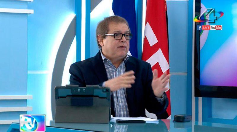 Periodista Alberto Mora, director de la Revista En Vivo