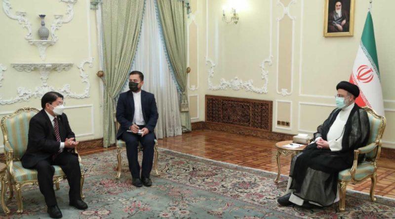 Canciller de Nicaragua, Denis Moncada durante su reunión con el Presidente de la República Islámica de irán, el Ayatola Doctor Seyed Ebrahim Raisi
