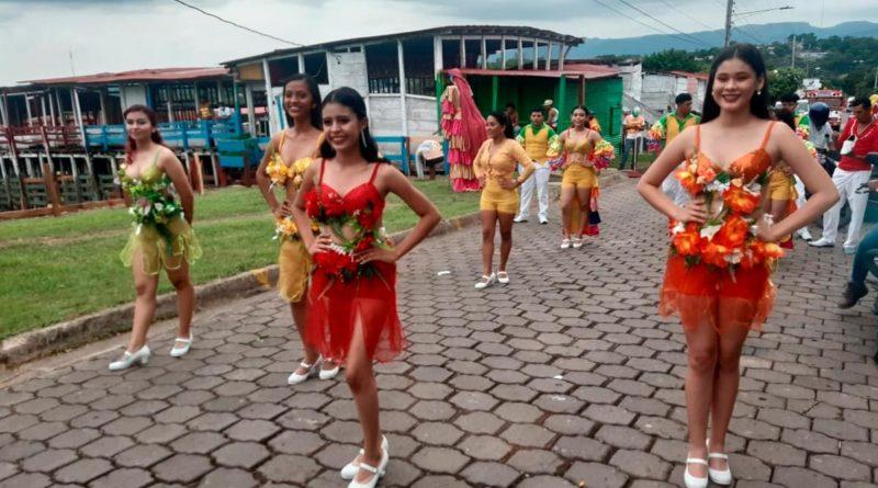 Palillonas de las diferentes comparsas que participaron en el Carnaval 2021 de Juigalpa.
