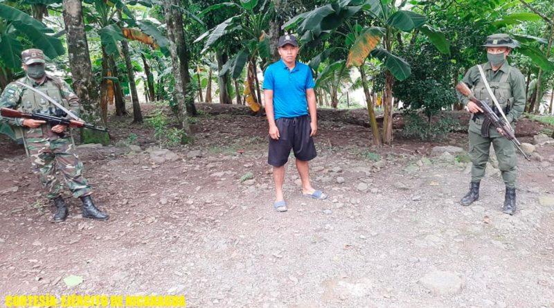 Ciudadano nicaragüense Brandin Nolverto Castillo Jarquín, detenido por dedicarse a la toma y venta ilegal de tierras indígenas, dentro de la Reserva de la Biósfera de Bosawás.
