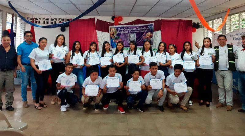 22 jóvenes egresaron del curso del rubro café impartido durante 6 meses en la comunidad Las Escaleras en Matagalpa