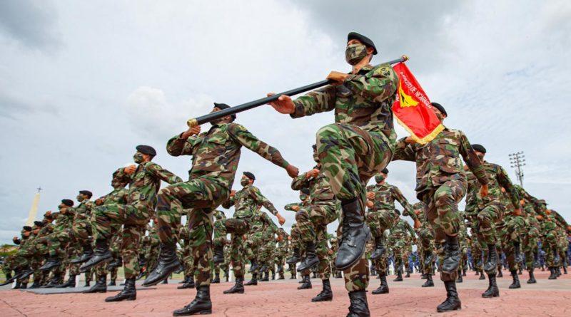 Himno del Ejército Defensor de la Soberanía Nacional (Versión En Maldito País de José Román)
