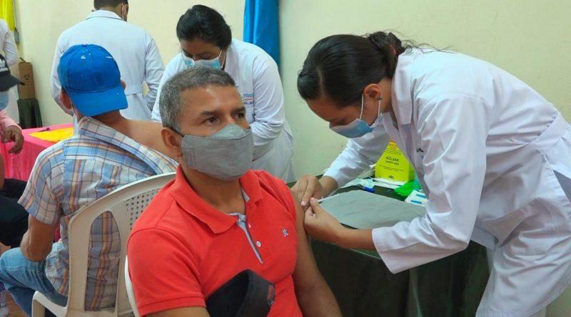 Avanza Jornada de Vacunación contra la Covid-19 en Nueva Segovia