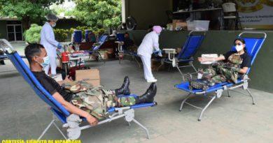 Durante la jornada, participaron 44 efectivos militares, recolectando 22 litros de sangre, mismos que serán utilizados en casos de cirugías, tratamientos de enfermedades crónicas y otras emergencias de salud.
