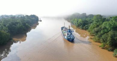 Barco mercante General AC Sandino