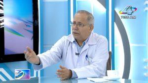 Doctor Carlos Sáenz, Secretario General del MINSA en la Revista en Vivo, jueves 30 de septiembre