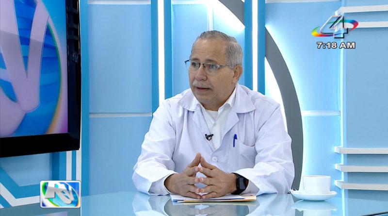 Doctor Carlos Sáenz, Secretario General del MINSA en la Revista en Vivo, lunes 6 de septiembre