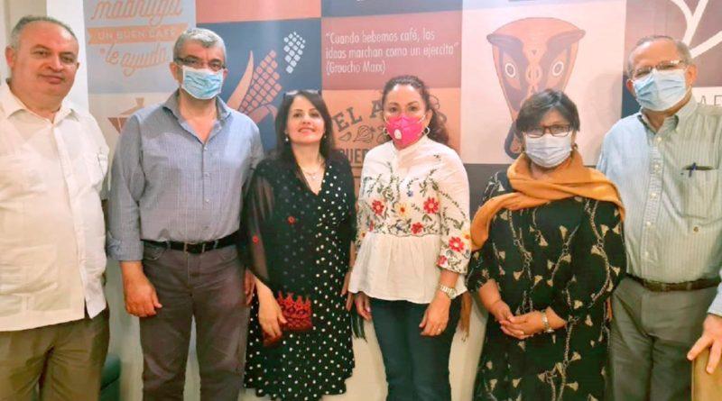 Especialista Palestino realizará cirugías de columna a niños en el Hospital Vélez Paiz