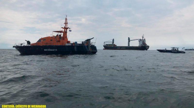 """El Destacamento Naval de Aguas Interiores """"Comandante Hilario Sánchez Vásquez"""", atendió en los lagos Xolotlán, Cocibolca y río San Juan a 355 ferris y embarcaciones."""