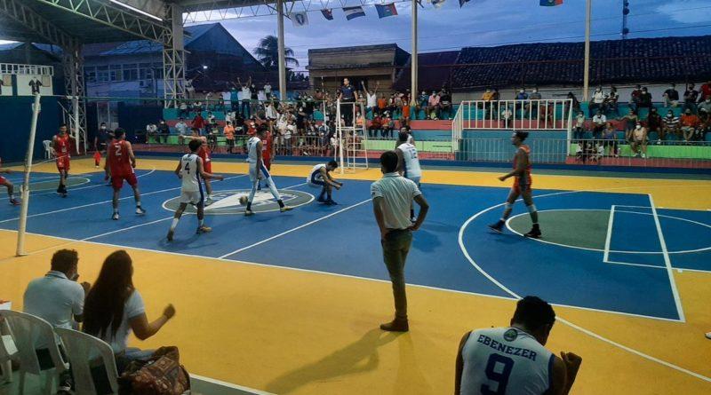 Jugadores de Frente Sur Rivas durante el juego ante el Real Estelí.