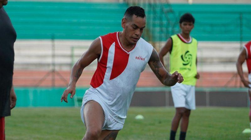 Jugador del Club Real Estelí en una entrenamiento de cara a la Liga CONCACAF