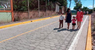 Calles adoquinadas del barrio Héctor Ugarte de Juigalpa, Chontales