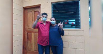 Inauguran 3 viviendas en la comarca El Naranjito número 2, Chontales