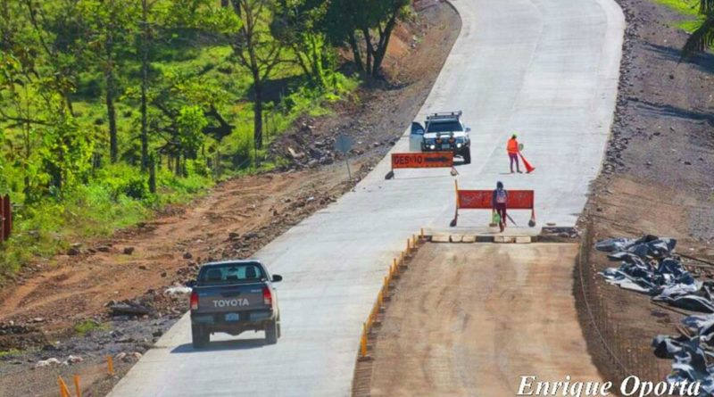 Carretera en construcción en Nicaragua