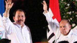 Comandante Daniel Ortega y el Comandante Tomas Borge Martínez en Nicaragua.