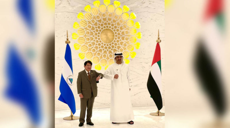 Compañero Canciller Denis Moncada con su Alteza el Jeque Abdalla Bin Zayed Al Nahayan Canciller de EAU.