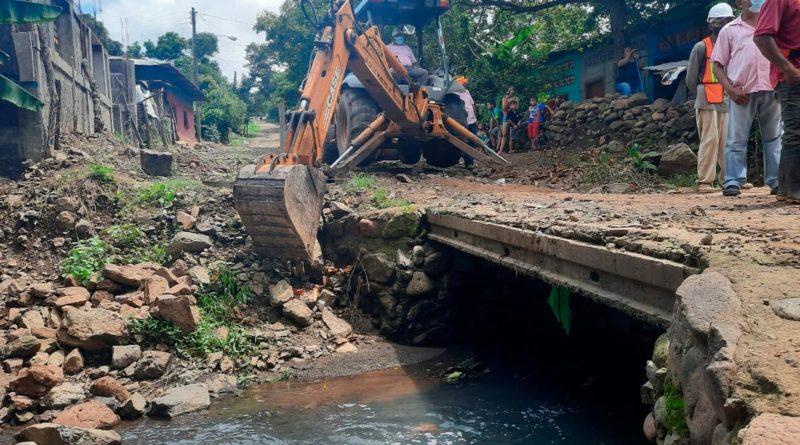 Trabajaos en lo que será el nuevo puente Nuevo Amanecer de Juigalpa, Chontales
