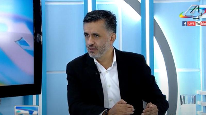 Secretario Ejecutivo del ALBA TCP, señor Sacha Llorenti, durante la entrevista en la Revista En Vivo con Alberto Mora
