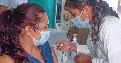 MINSA continúa aplicando vacuna contra la Covid-19 en Managua y Ciudad Sandino