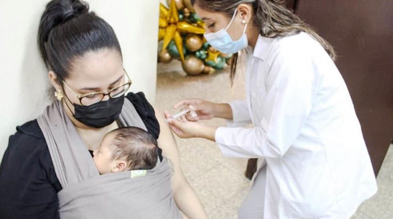 Puntos de vacunación para mujeres embarazadas este lunes 25 de octubre